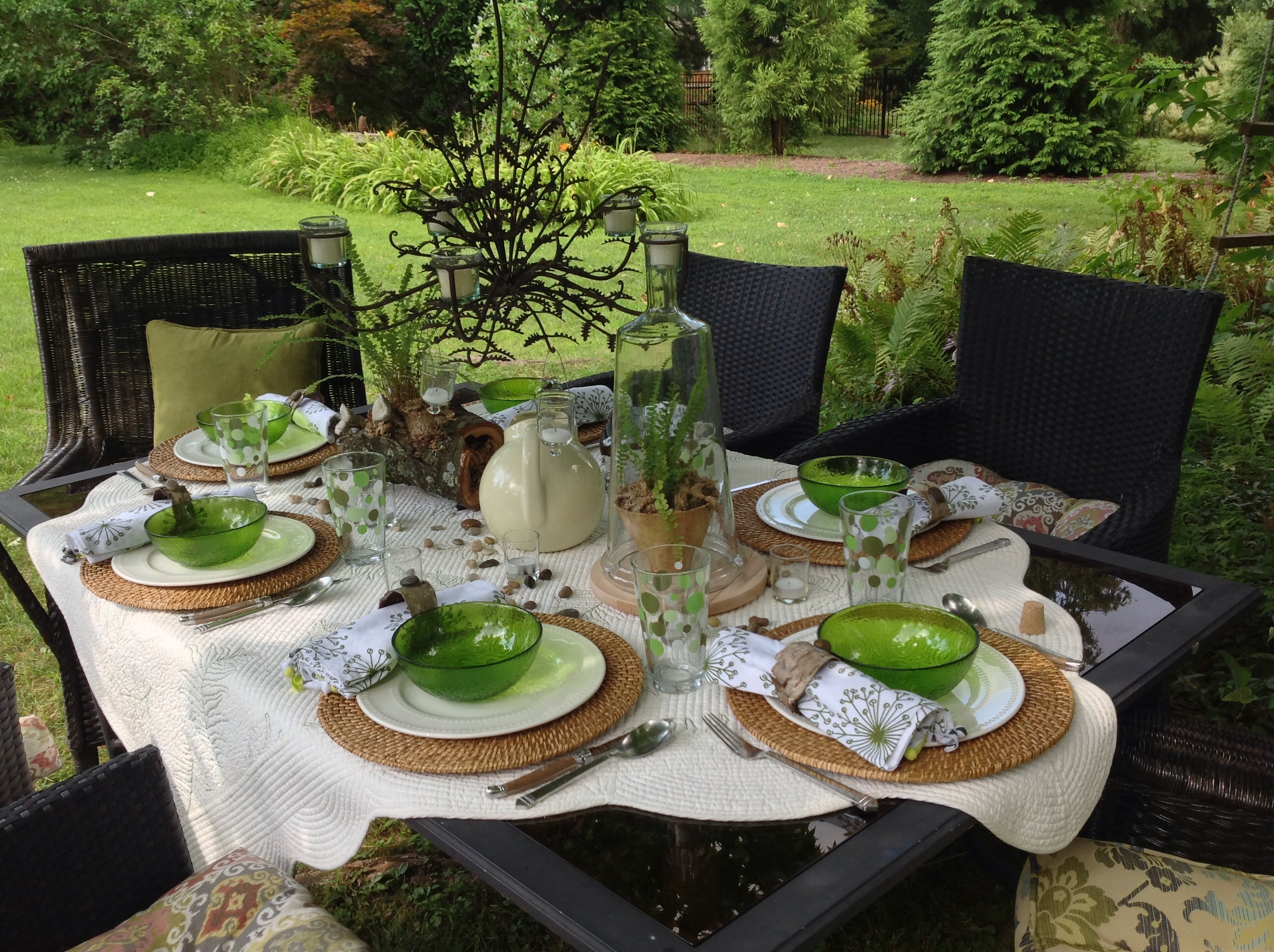Moonlight dinner amongst the ferns tablescape french Outdoor dinner table setting