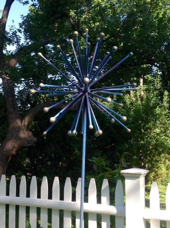 Allium garden sculpture by artist Inta Krumbolz