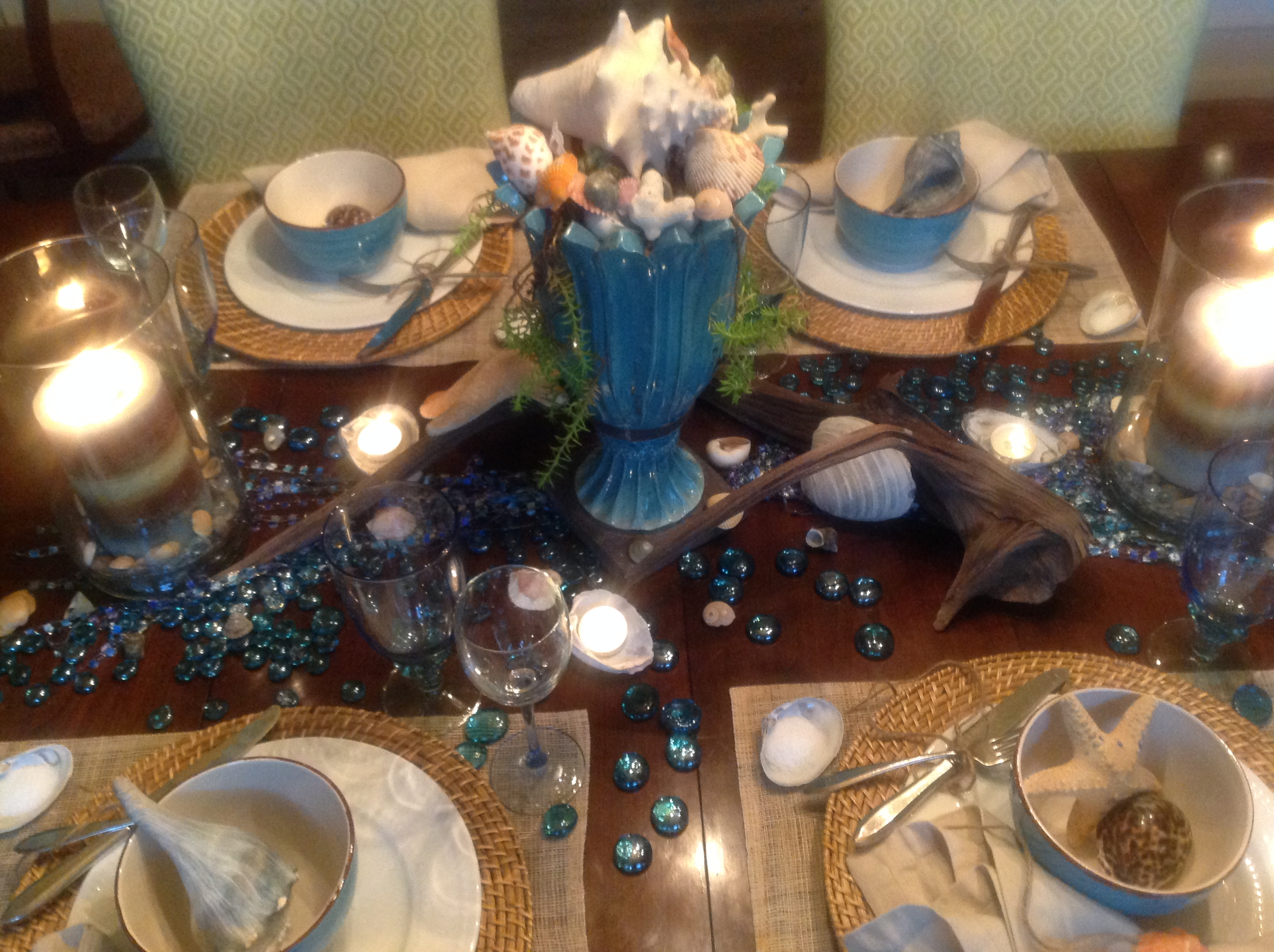 image image & table setting inspired by the beach and seashore | French Gardener ...